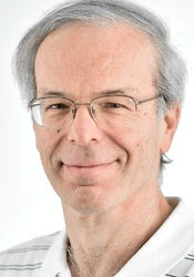 Photo of Prof. Ronny Roth